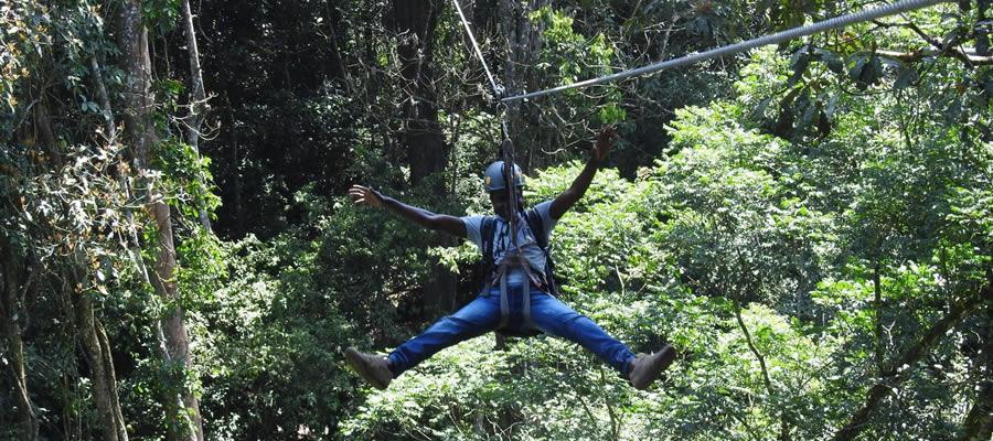 Zip Lining n Uganda